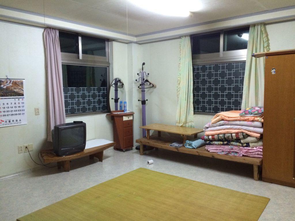 Onze 'minbak' in Songnisan-myeon