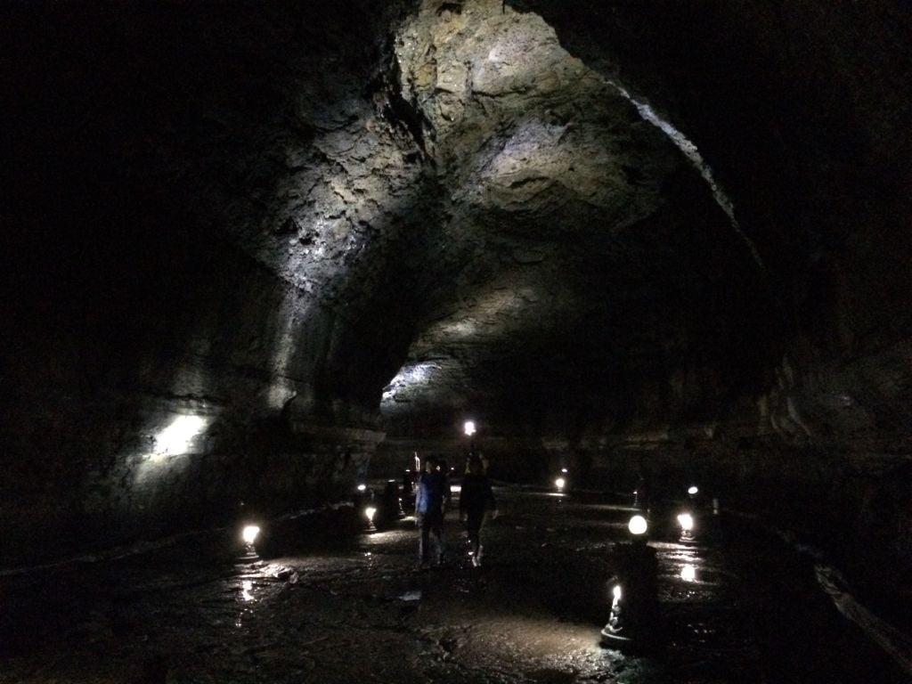 De Manjanggul lava tunnel